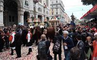 il cocchio di sant efisio in via roma