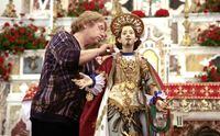 un immagine della vestizione di sant efisio