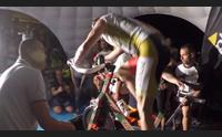 15 ore in piedi sui pedali il record mondiale di un atleta oristanese