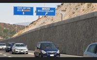 con la moto a 185 km orari sulla nuova125 la polstrada multa un centauro