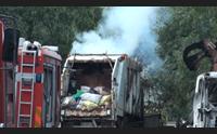attentato incendiario a dorgali distrutti sette mezzi per la nettezza urbana