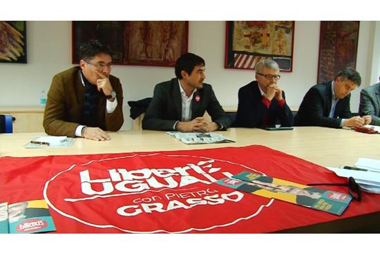 Democrazia Oggi - Sardegna. Il centrosinistra è morto, viva la sinistra!