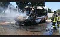 sassari bus in fiamme lungo la buddi buddi nessun ferito