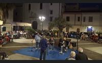 alghero canta in catalano per i turisti la scoperta del folk
