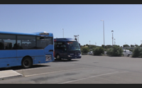 carbonia i pendolari protestano fermate dei bus lontane dal centro