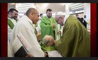 papa francesco udienza speciale con don vasco noi preti comunisti