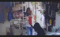 domusnovas armato di pistola rapina un negozio di cinesi
