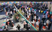 seneghe sas andanzas carnevale di balli nella piazza del paese