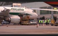 turismo crollano i collegamenti aerei l isola ultima nel mediterraneo
