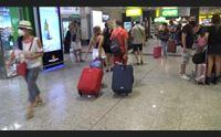 cagliari aeroporto riprende quota 56 mila passeggeri nei primi giorni d agosto