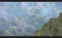 arbus incendio alle porte del paese fiamme vicino alle case